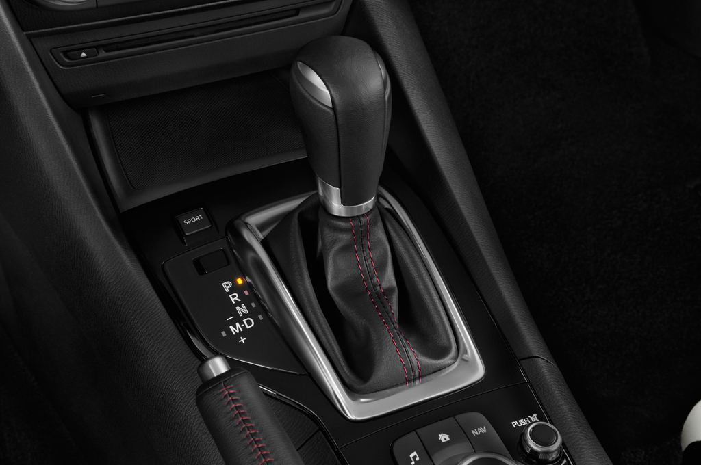 Mazda 3 Sports-Line Kompaktklasse (2013 - heute) 5 Türen Schalthebel