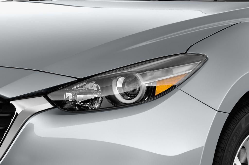 Mazda 3 Center-Line Kompaktklasse (2013 - heute) 4 Türen Scheinwerfer
