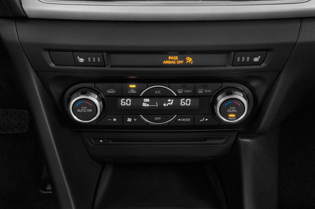 Mazda 3 Sports-Line Kompaktklasse (2013 - heute) 5 Türen Temperatur und Klimaanlage