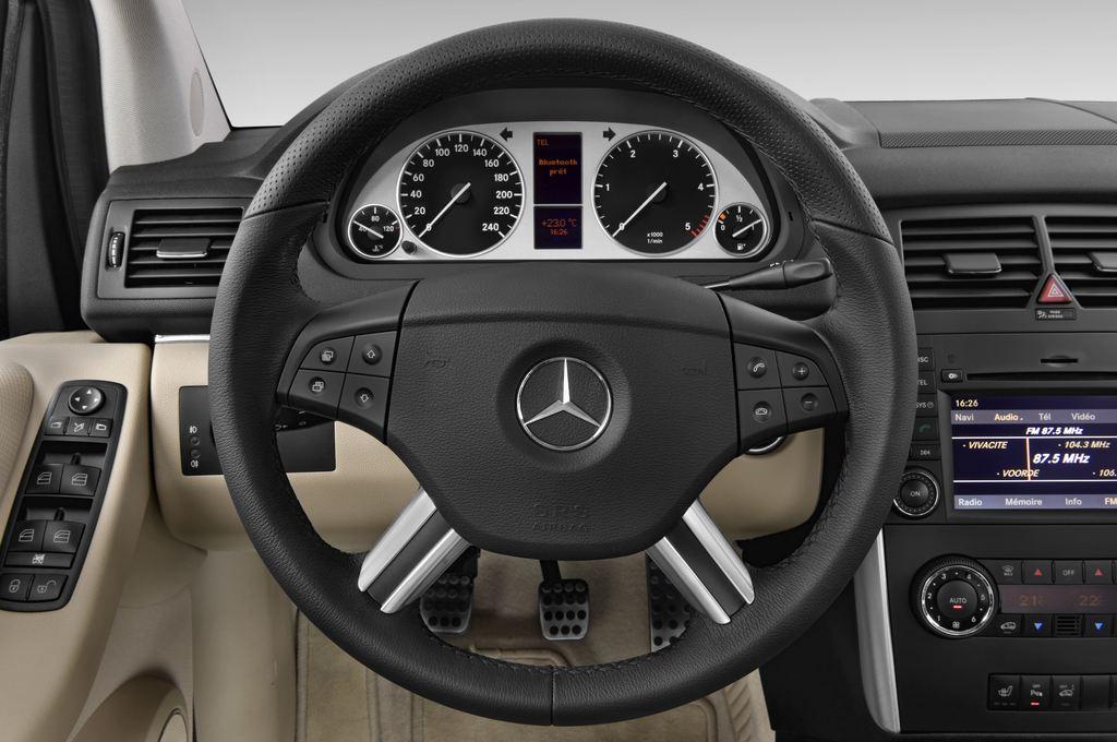 Mercedes-Benz B-Klasse - Van (2005 - 2011) 5 Türen Lenkrad