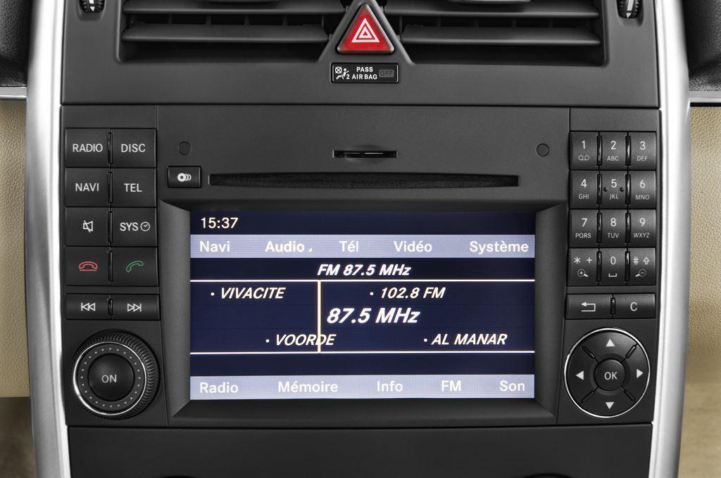 Mercedes-Benz B-Klasse - Van (2005 - 2011) 5 Türen Radio und Infotainmentsystem