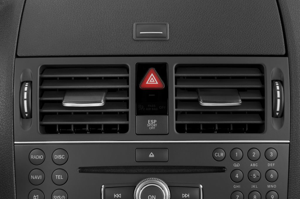Mercedes-Benz C-Klasse AMG Limousine (2007 - 2013) 4 Türen Lüftung