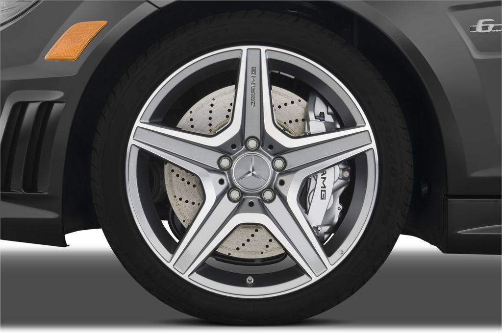 Mercedes-Benz C-Klasse AMG Limousine (2007 - 2013) 4 Türen Reifen und Felge