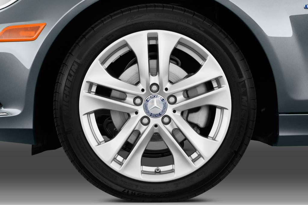 Mercedes-Benz C-Klasse Elegance Limousine (2007 - 2013) 4 Türen Reifen und Felge