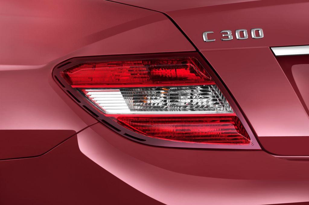 Mercedes-Benz C-Klasse Avantgarde Limousine (2007 - 2013) 4 Türen Rücklicht