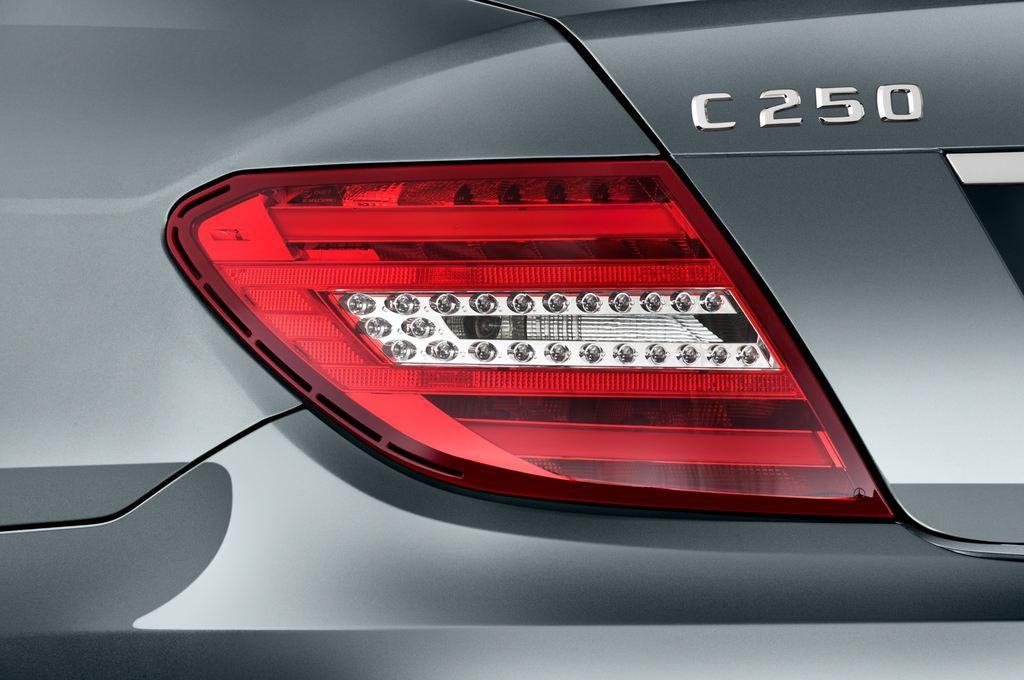 Mercedes-Benz C-Klasse Elegance Limousine (2007 - 2013) 4 Türen Rücklicht