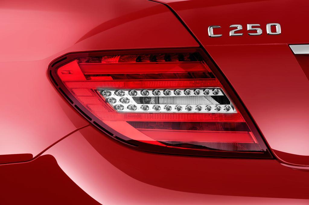 Mercedes-Benz C-Klasse Sport Limousine (2007 - 2013) 4 Türen Rücklicht