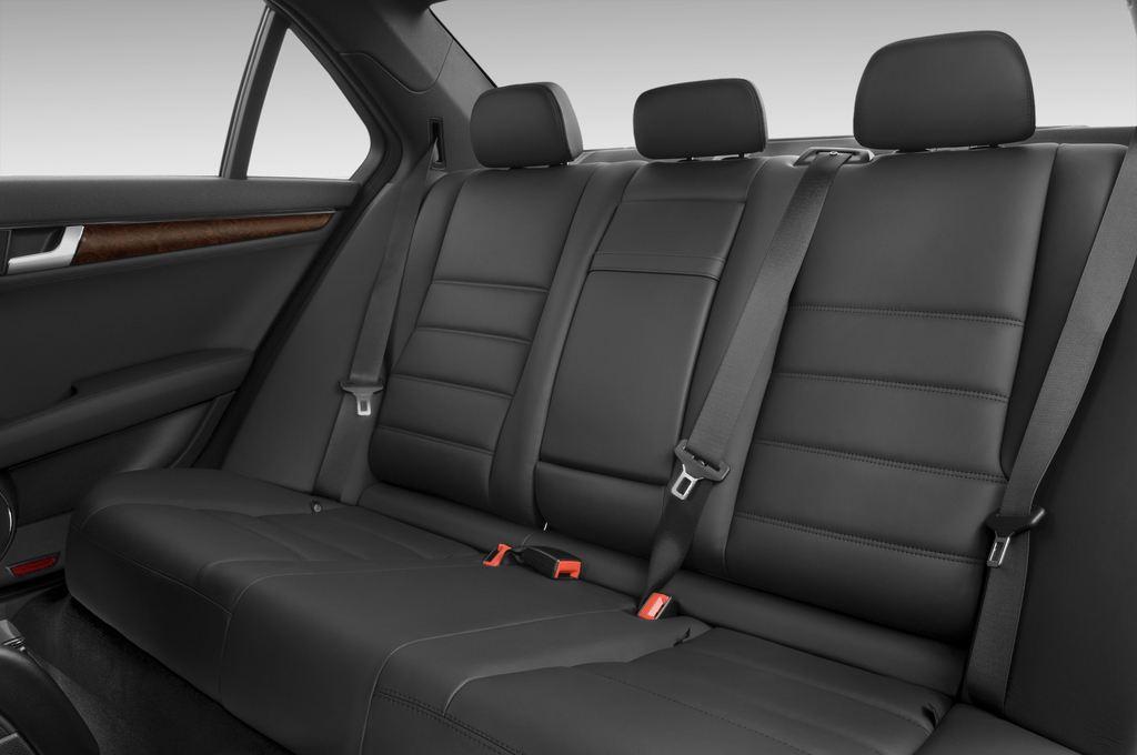 Mercedes-Benz C-Klasse AMG Limousine (2007 - 2013) 4 Türen Rücksitze