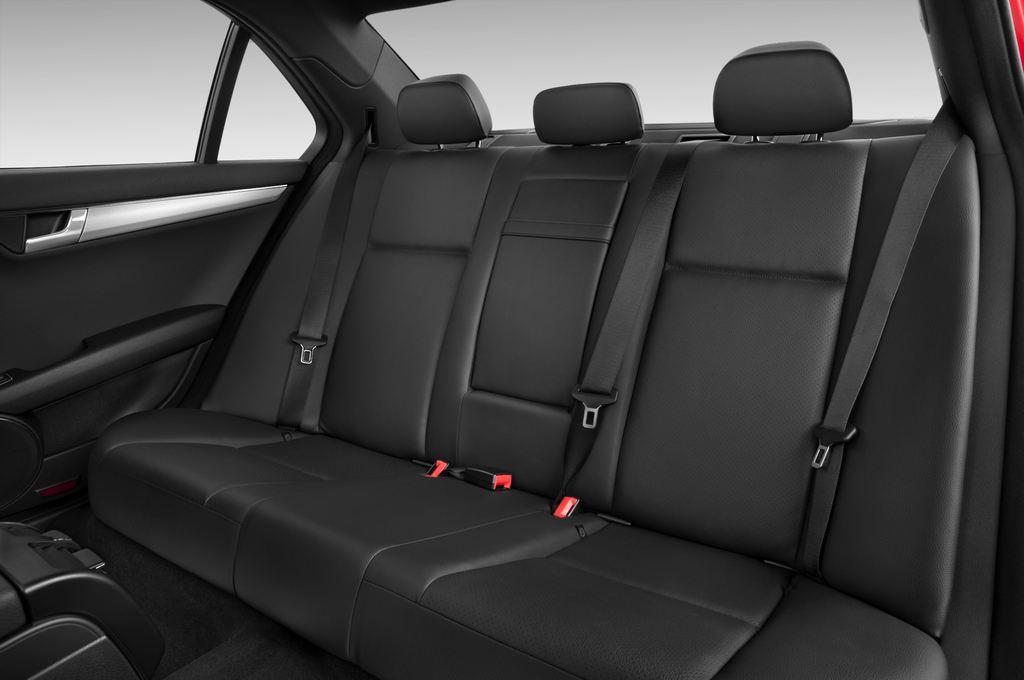 Mercedes-Benz C-Klasse Avantgarde Limousine (2007 - 2013) 4 Türen Rücksitze