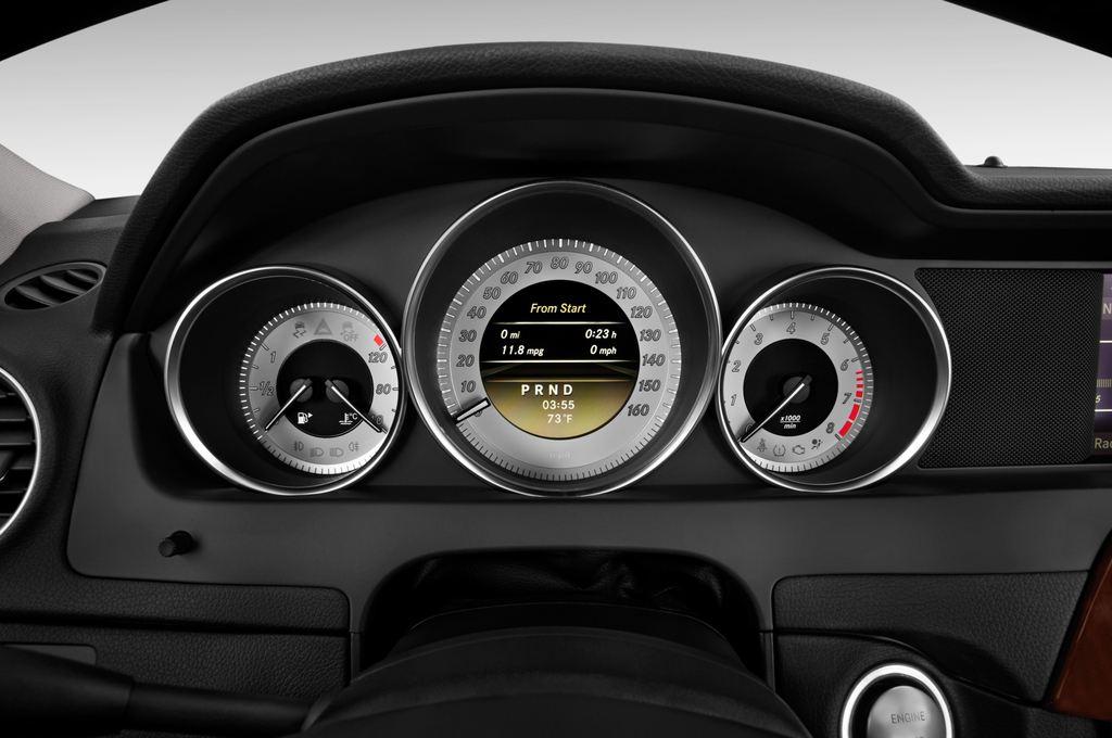 Mercedes-Benz C-Klasse Elegance Limousine (2007 - 2013) 4 Türen Tacho und Fahrerinstrumente