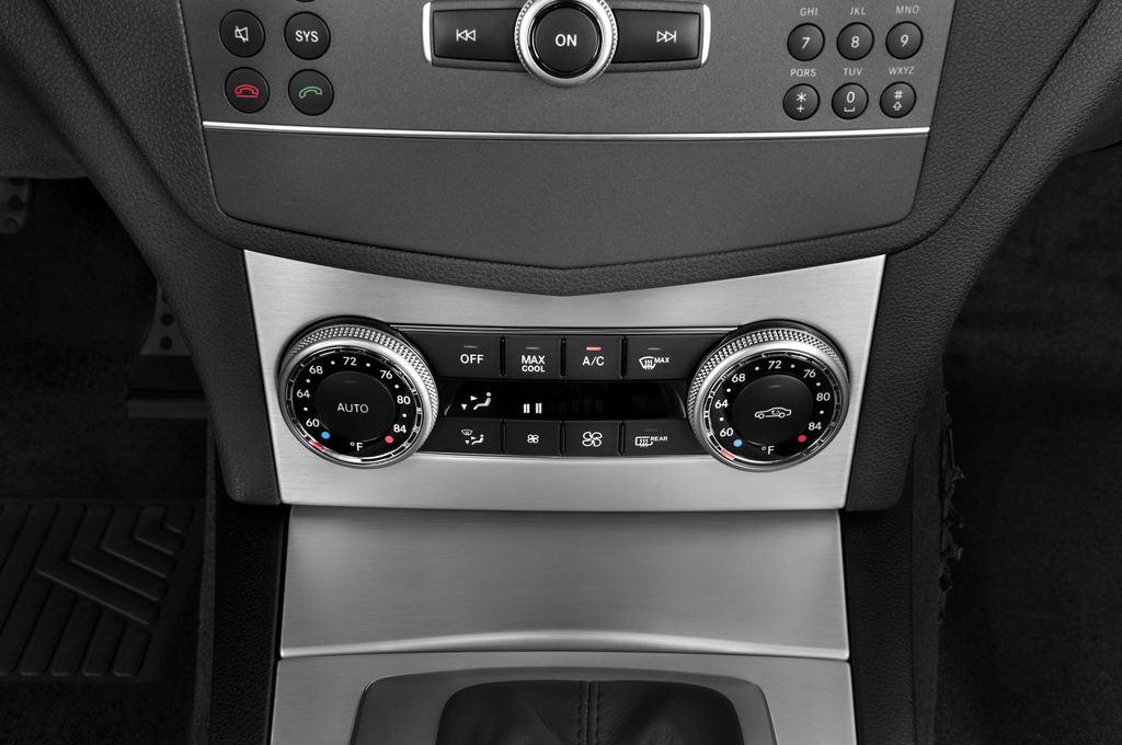 Mercedes-Benz C-Klasse Avantgarde Limousine (2007 - 2013) 4 Türen Temperatur und Klimaanlage