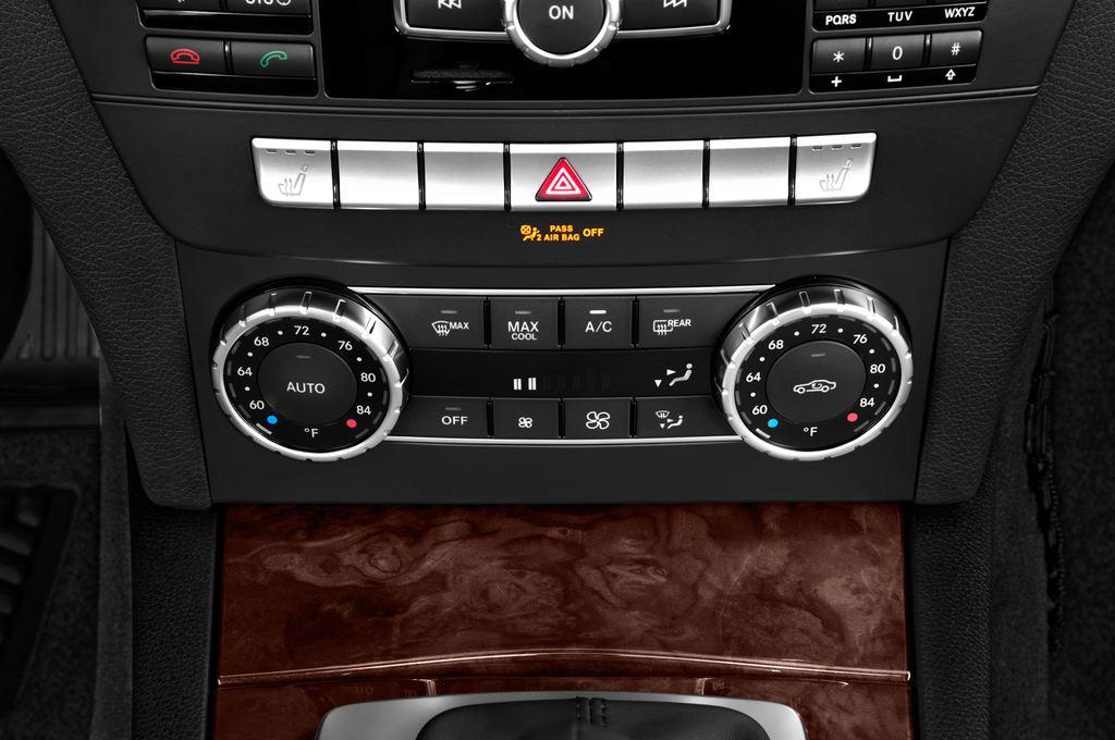 Mercedes-Benz C-Klasse Elegance Limousine (2007 - 2013) 4 Türen Temperatur und Klimaanlage
