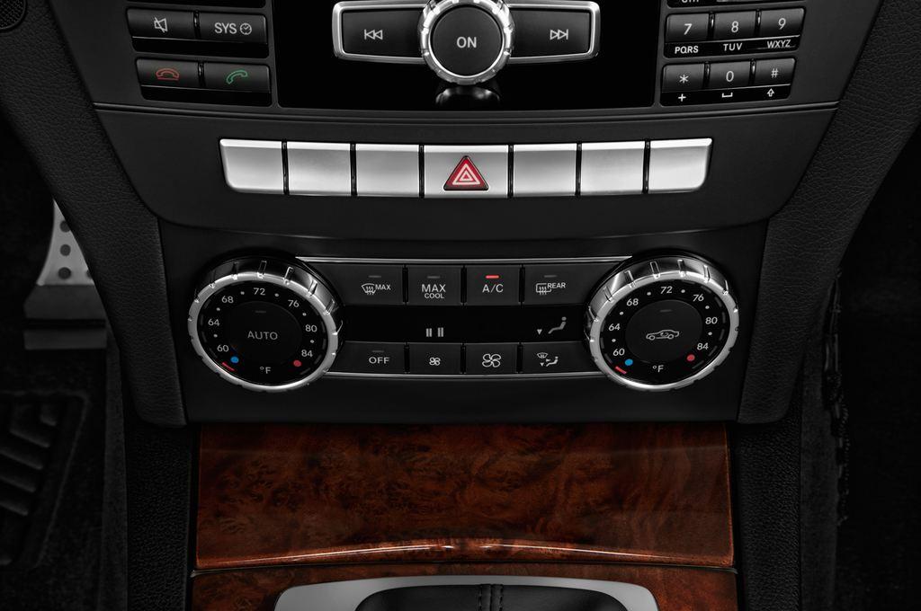 Mercedes-Benz C-Klasse Sport Limousine (2007 - 2013) 4 Türen Temperatur und Klimaanlage