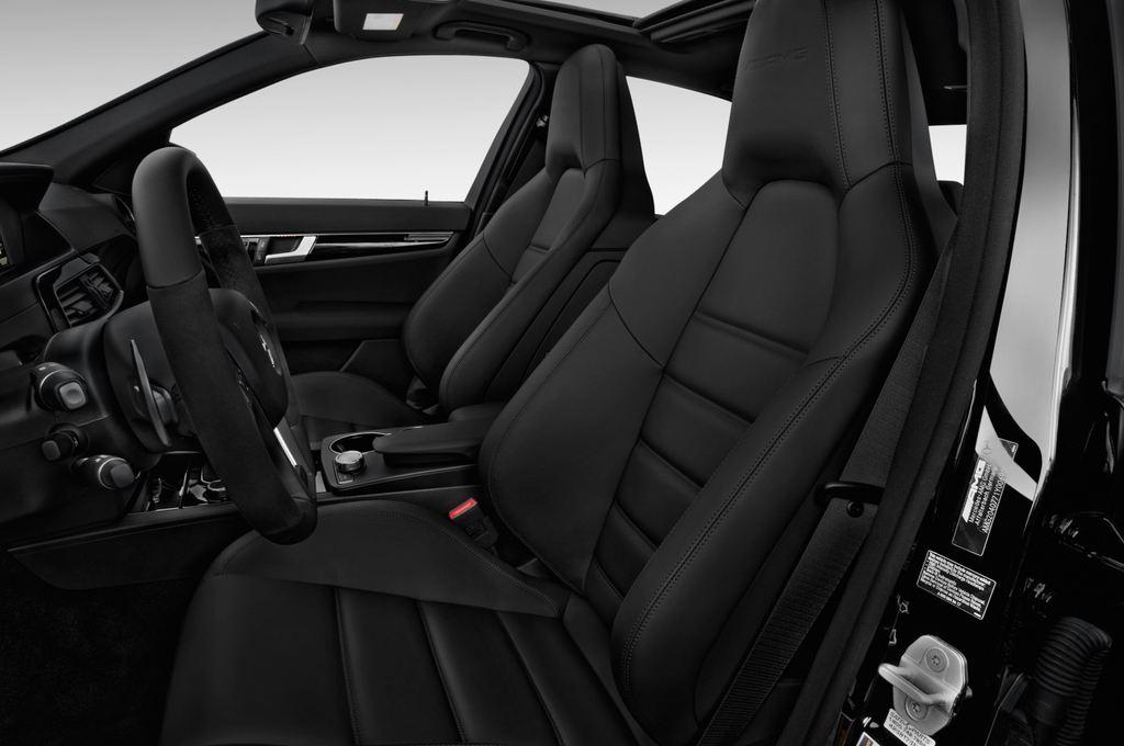 Mercedes-Benz C-Klasse AMG Limousine (2007 - 2013) 4 Türen Vordersitze
