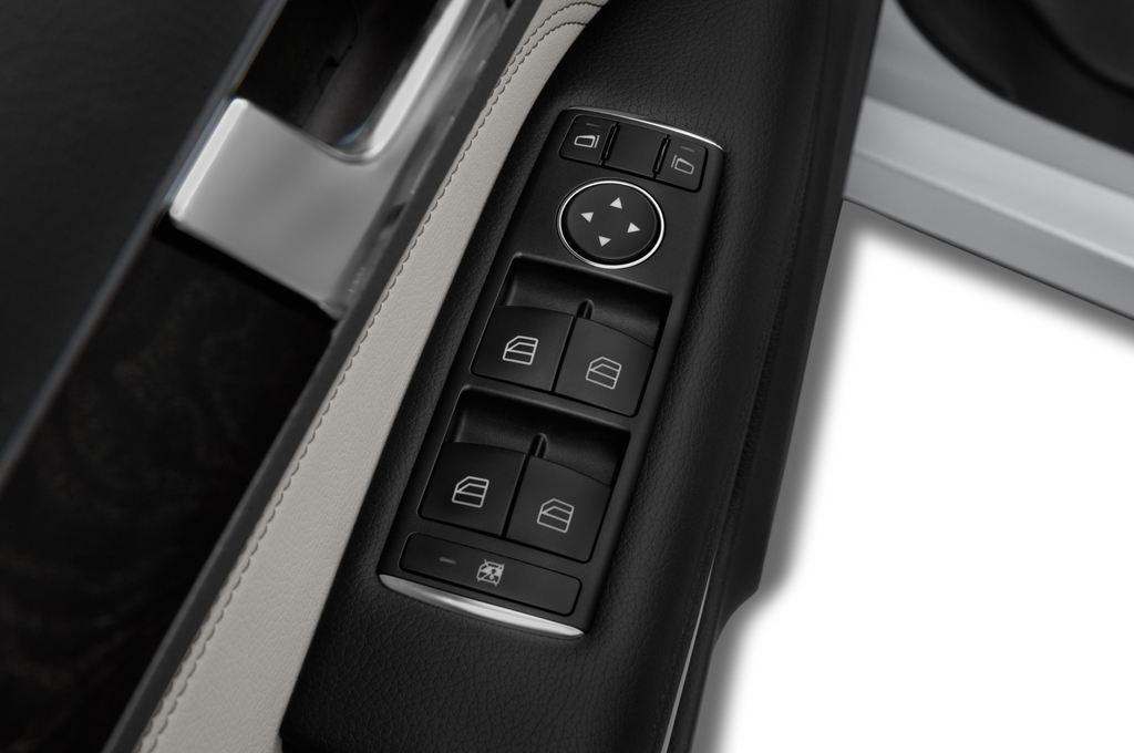 Mercedes-Benz E-Klasse - Coupé (2009 - 2016) 2 Türen Bedienungselemente Tür