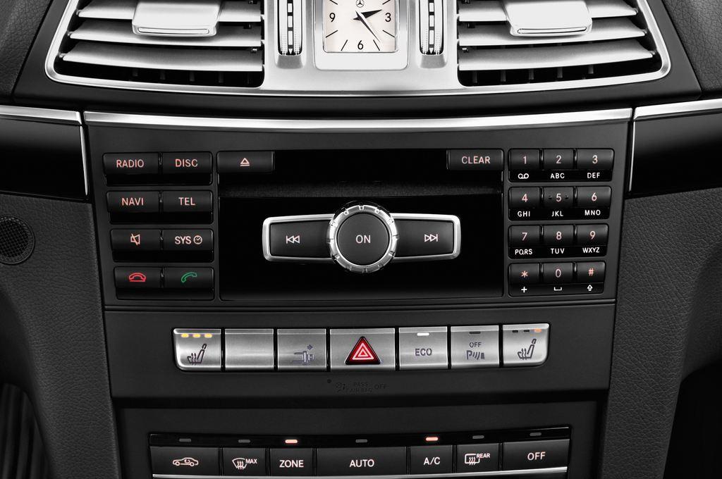 Mercedes-Benz E-Klasse - Coupé (2009 - 2016) 2 Türen Radio und Infotainmentsystem