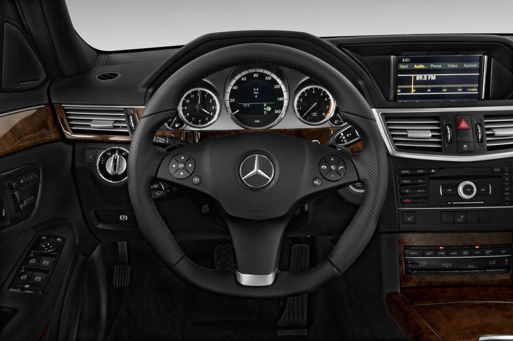 Mercedes-Benz E-Klasse 350 Kombi (2009 - 2016) 4 Türen Lenkrad