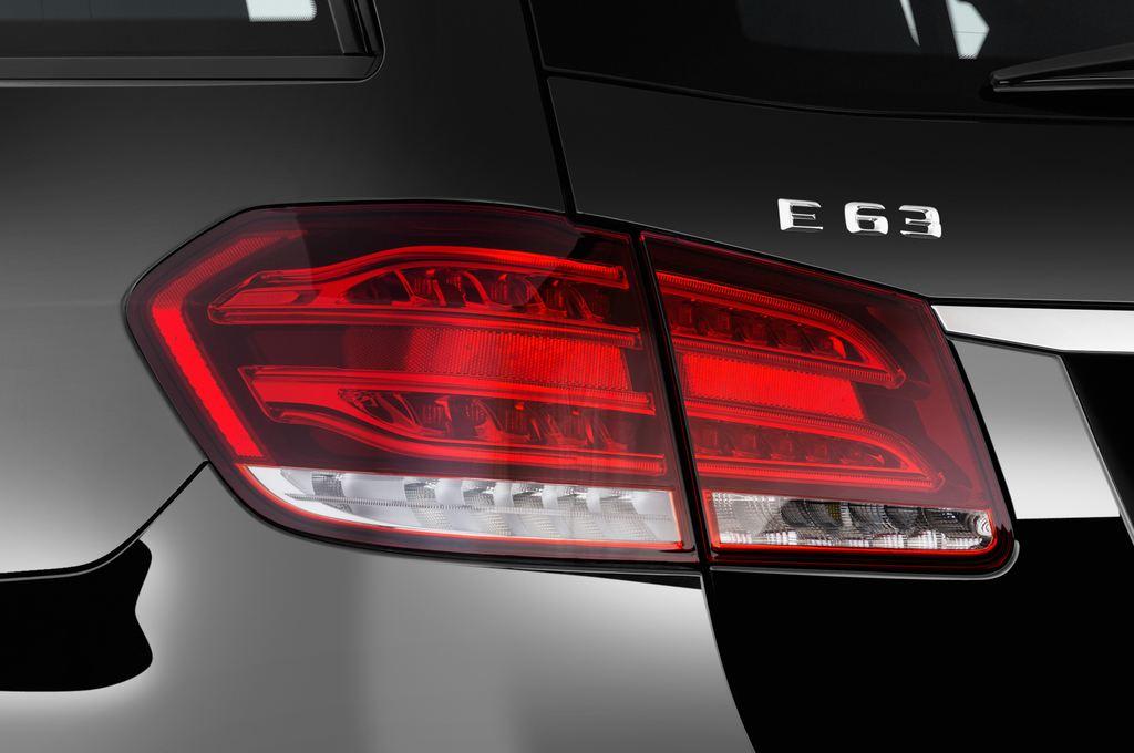 Mercedes-Benz E-Klasse AMG S Kombi (2009 - 2016) 5 Türen Rücklicht