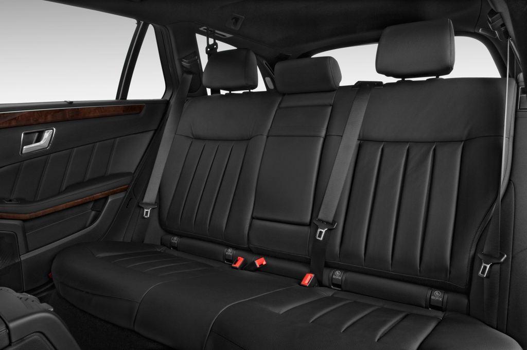 Mercedes-Benz E-Klasse 350 Kombi (2009 - 2016) 4 Türen Rücksitze