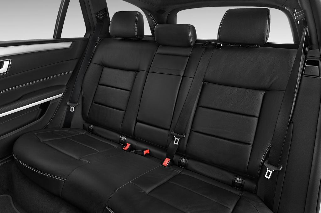 Mercedes-Benz E-Klasse Avantgarde Kombi (2009 - 2016) 5 Türen Rücksitze