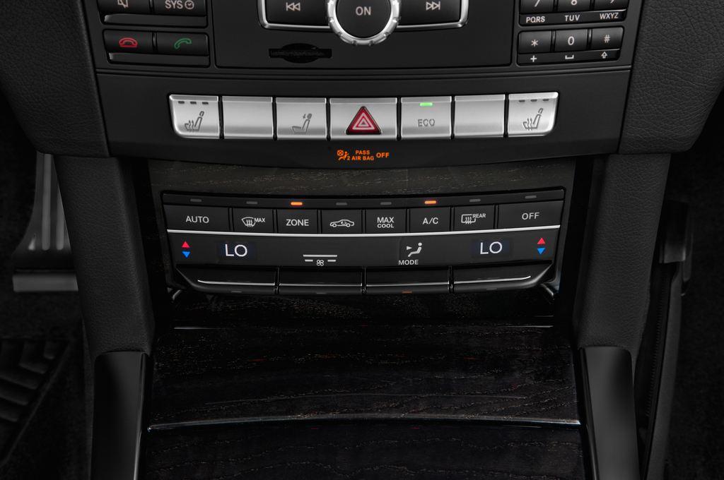 Mercedes-Benz E-Klasse Avantgarde Kombi (2009 - 2016) 5 Türen Temperatur und Klimaanlage