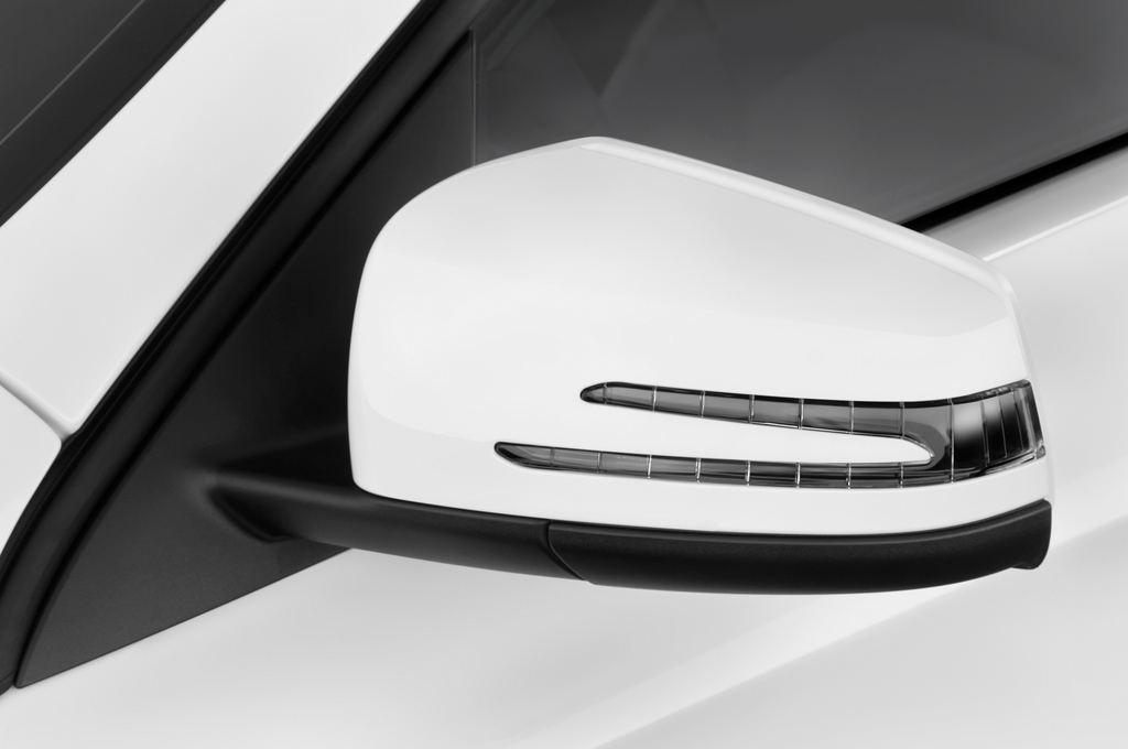 Mercedes-Benz GLA STYLE SUV (2013 - heute) 5 Türen Außenspiegel