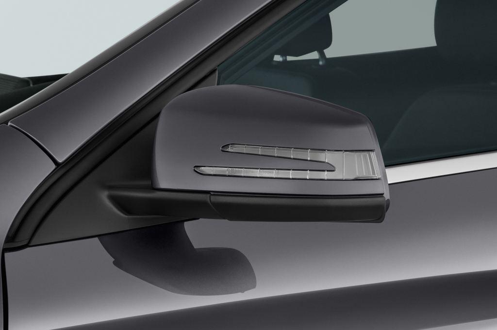 Mercedes-Benz GLA Urban SUV (2013 - heute) 5 Türen Außenspiegel