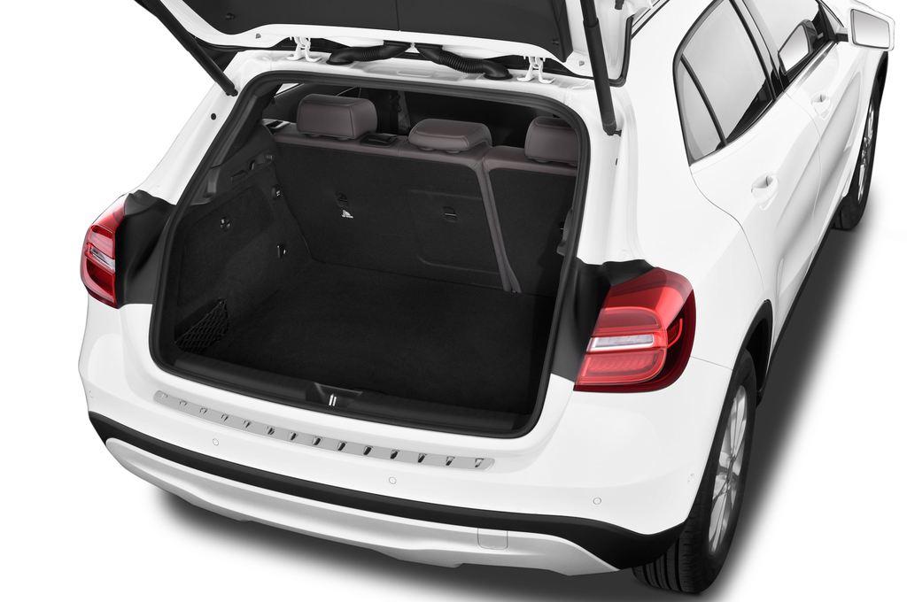 Mercedes-Benz GLA STYLE SUV (2013 - heute) 5 Türen Kofferraum