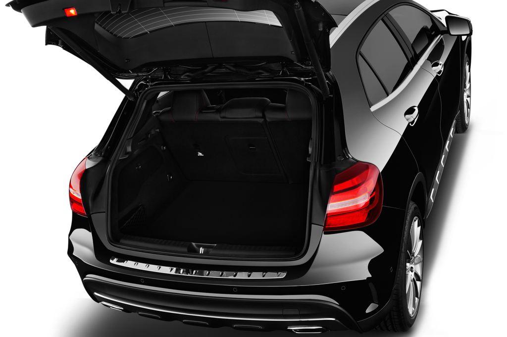 Mercedes-Benz GLA AMG Line SUV (2013 - heute) 5 Türen Kofferraum