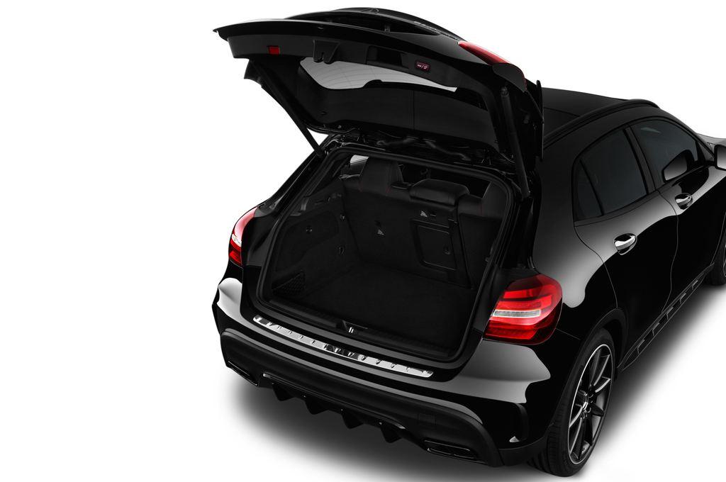 Mercedes-Benz GLA AMG 45 SUV (2013 - heute) 5 Türen Kofferraum