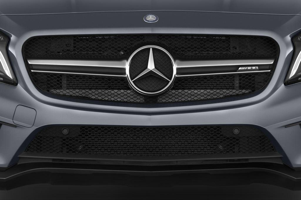 Mercedes-Benz GLA AMG SUV (2013 - heute) 5 Türen Kühlergrill und Scheinwerfer