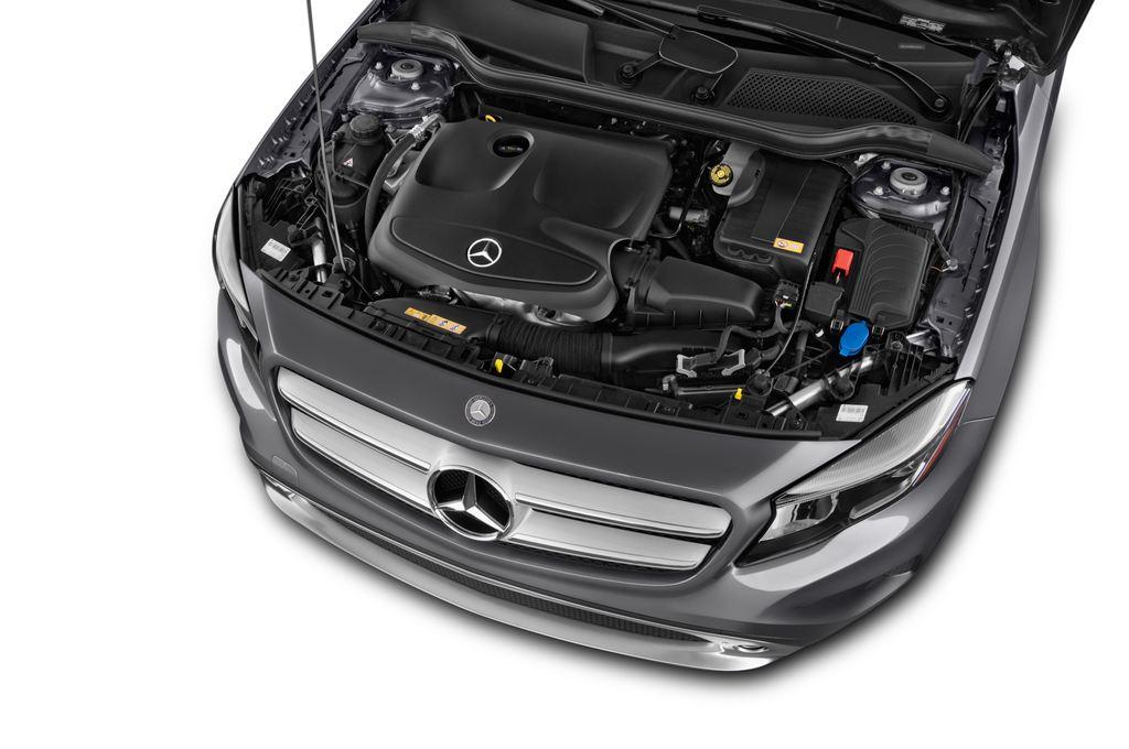 Mercedes-Benz GLA Urban SUV (2013 - heute) 5 Türen Motor