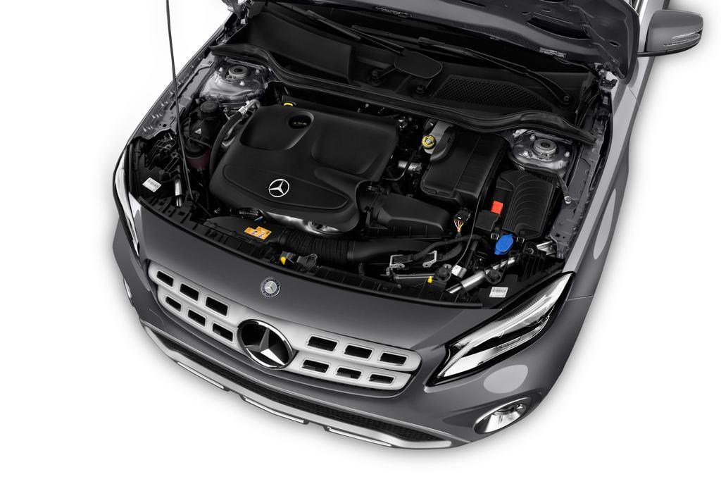 Mercedes-Benz GLA - SUV (2013 - heute) 5 Türen Motor