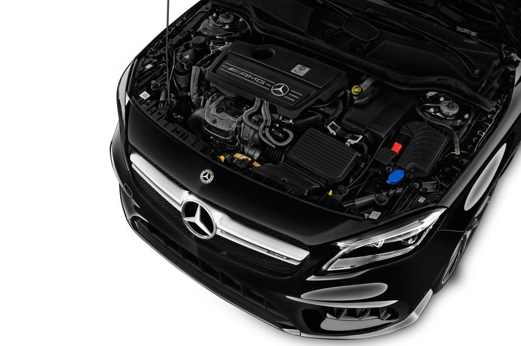 Mercedes-Benz GLA AMG 45 SUV (2013 - heute) 5 Türen Motor