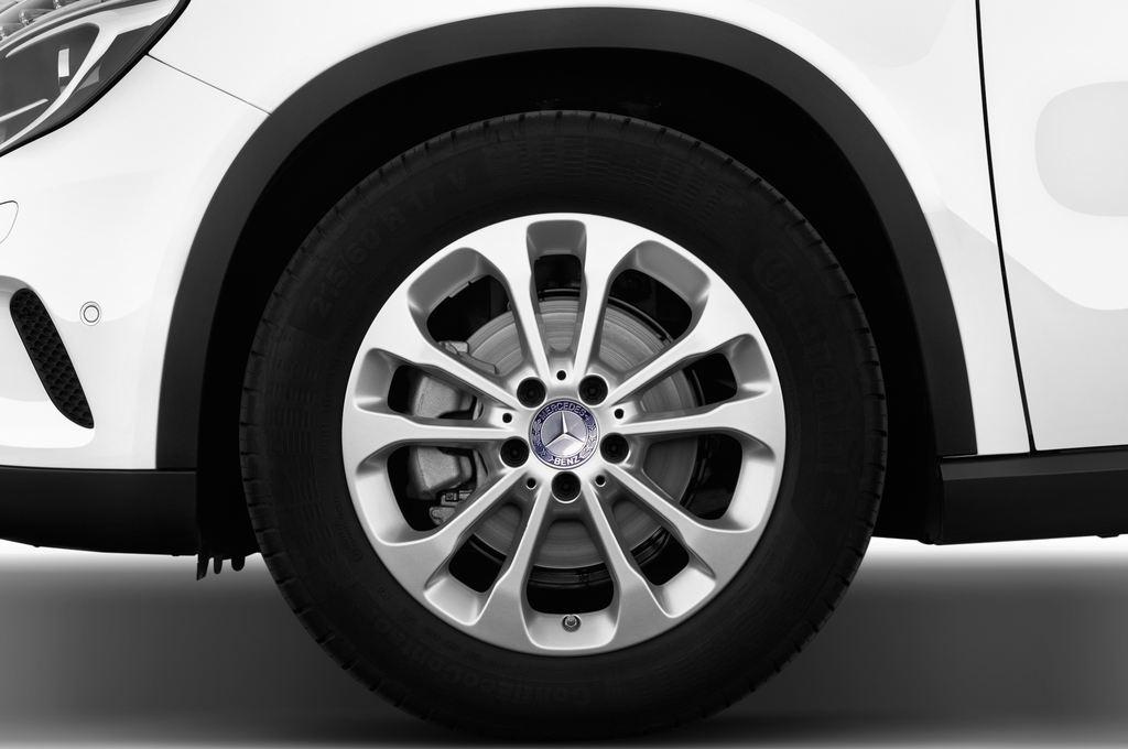 Mercedes-Benz GLA STYLE SUV (2013 - heute) 5 Türen Reifen und Felge