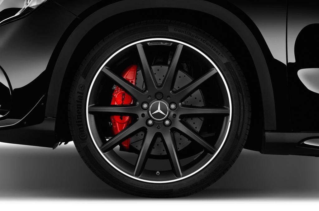Mercedes-Benz GLA AMG 45 SUV (2013 - heute) 5 Türen Reifen und Felge