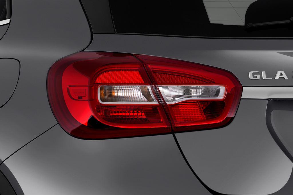 Mercedes-Benz GLA - SUV (2013 - heute) 5 Türen Rücklicht