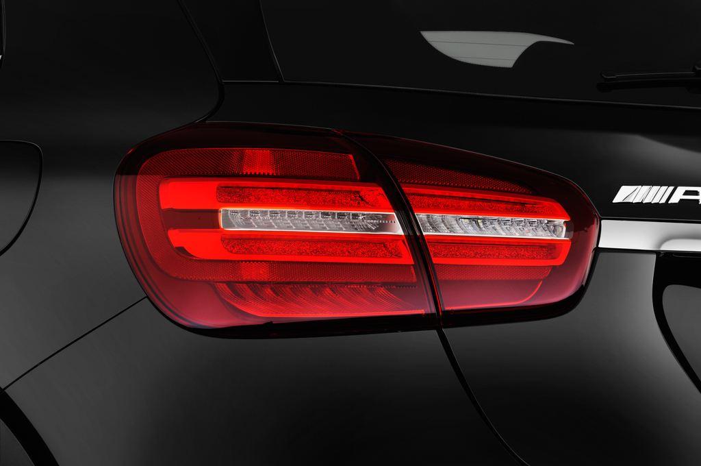 Mercedes-Benz GLA AMG 45 SUV (2013 - heute) 5 Türen Rücklicht