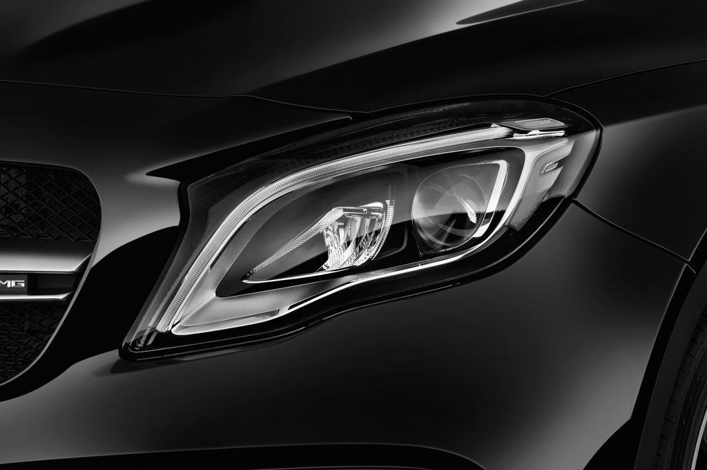 Mercedes-Benz GLA AMG 45 SUV (2013 - heute) 5 Türen Scheinwerfer