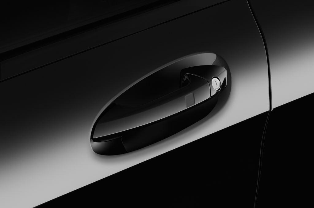 Mercedes-Benz GLA AMG 45 SUV (2013 - heute) 5 Türen Türgriff