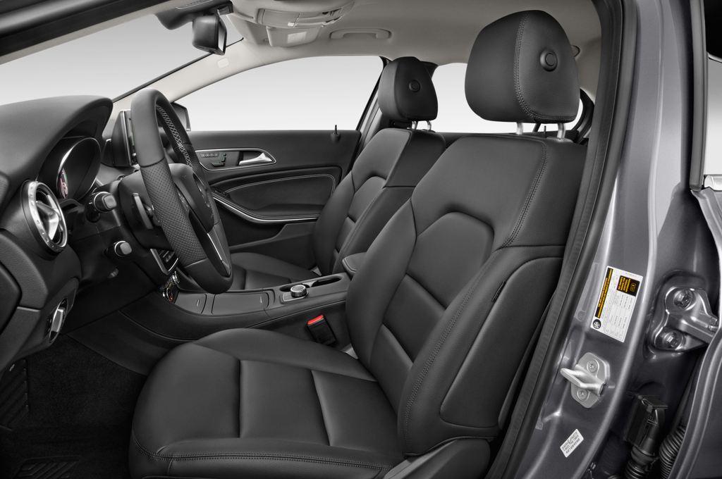 Mercedes-Benz GLA Urban SUV (2013 - heute) 5 Türen Vordersitze
