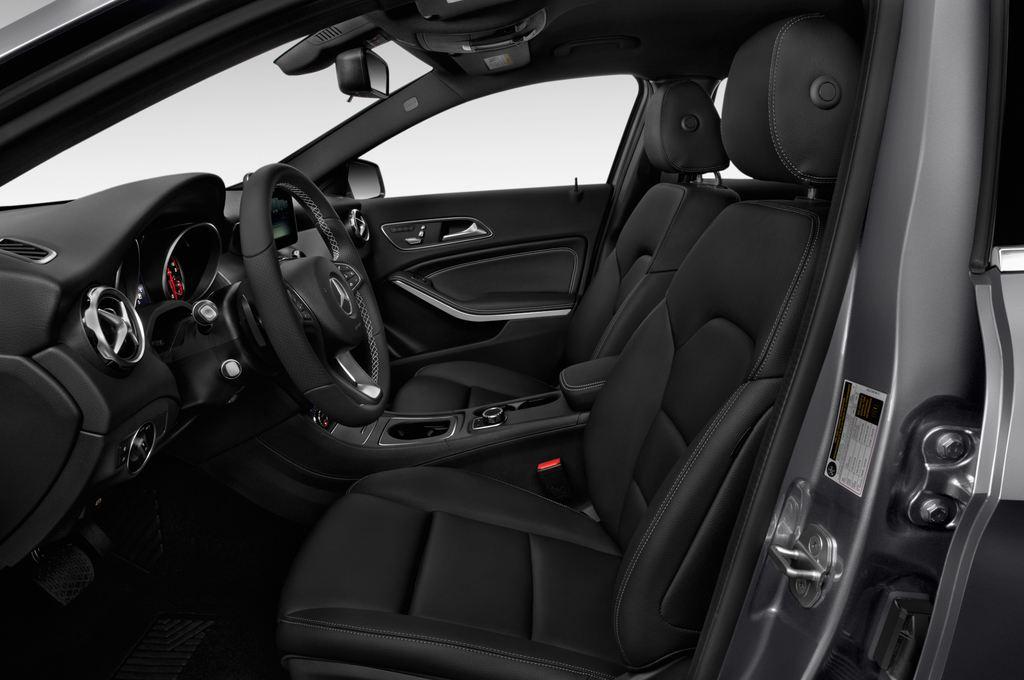 Mercedes-Benz GLA - SUV (2013 - heute) 5 Türen Vordersitze