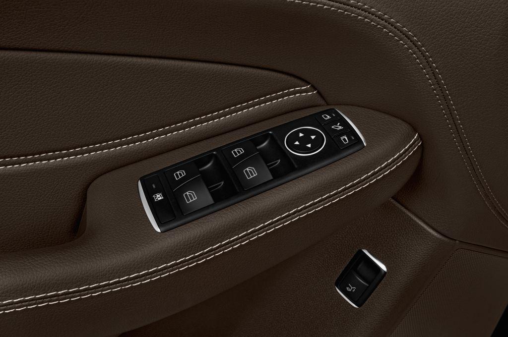 Mercedes-Benz GLE AMG 43 SUV (2015 - heute) 5 Türen Bedienungselemente Tür