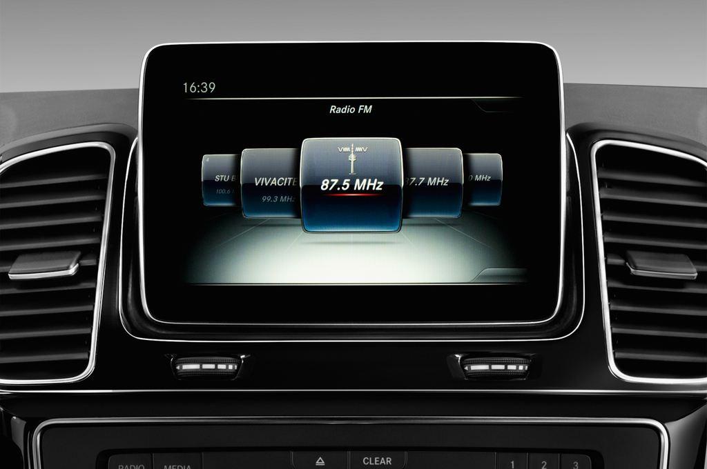Mercedes-Benz GLE AMG Line SUV (2015 - heute) 5 Türen Radio und Infotainmentsystem