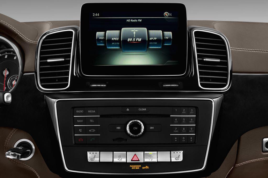Mercedes-Benz GLE AMG 43 SUV (2015 - heute) 5 Türen Radio und Infotainmentsystem
