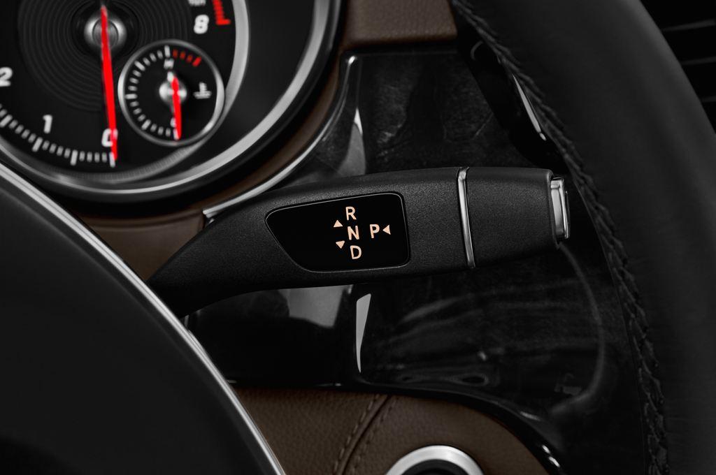 Mercedes-Benz GLE AMG 43 SUV (2015 - heute) 5 Türen Schalthebel