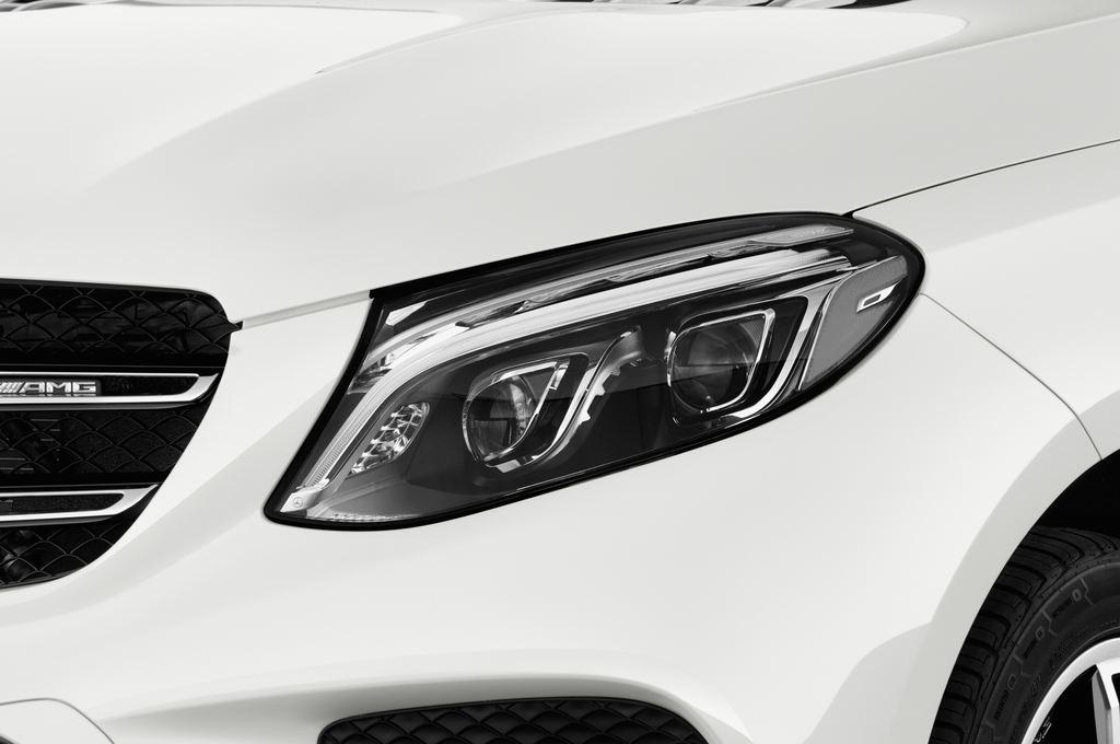 Mercedes-Benz GLE AMG 43 SUV (2015 - heute) 5 Türen Scheinwerfer