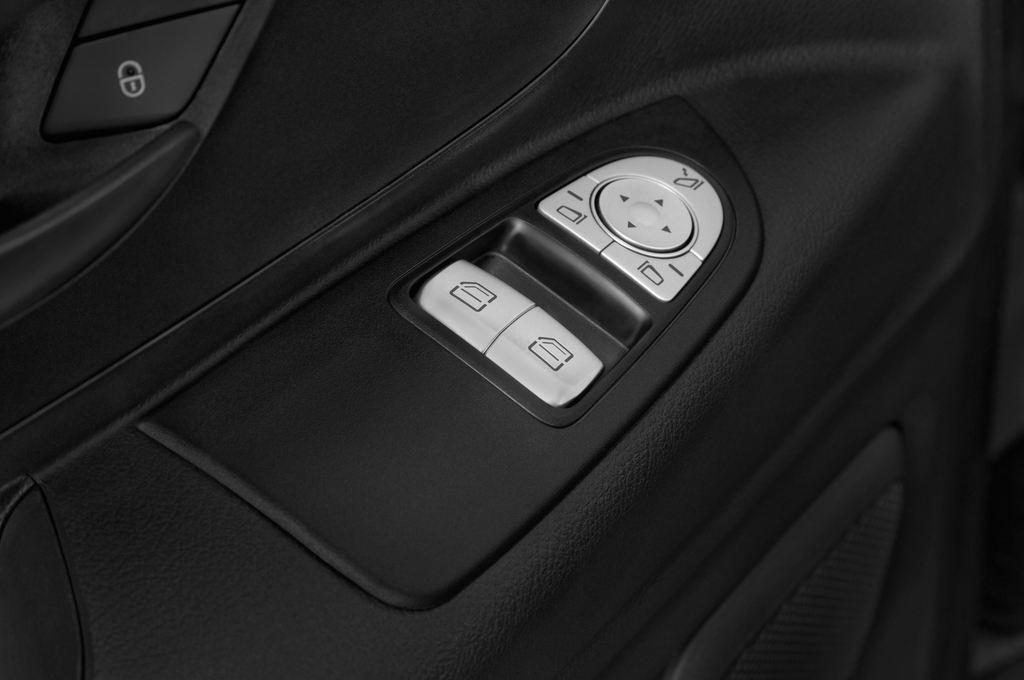 Mercedes-Benz Vito 119 Bluetec Lang Bus (2014 - heute) 5 Türen Bedienungselemente Tür