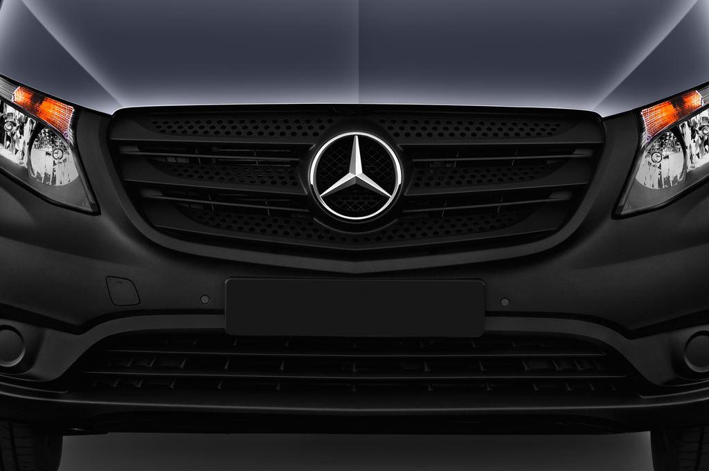 Mercedes-Benz Vito Pro Bus (2014 - heute) 4 Türen Kühlergrill und Scheinwerfer