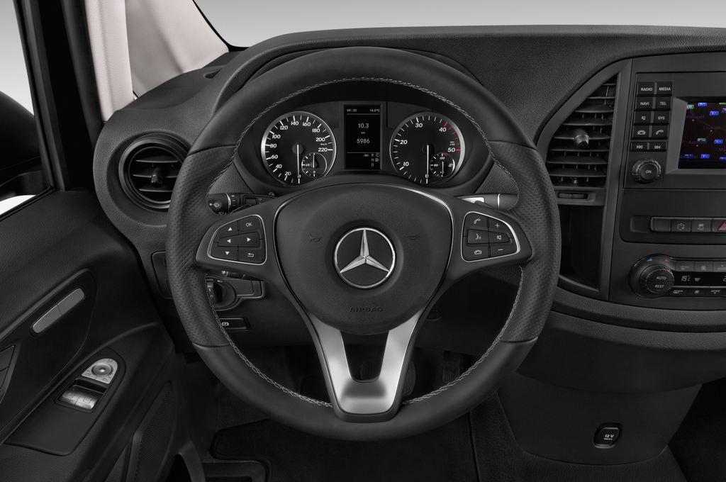 Mercedes-Benz Vito 119 Bluetec Lang Bus (2014 - heute) 5 Türen Lenkrad